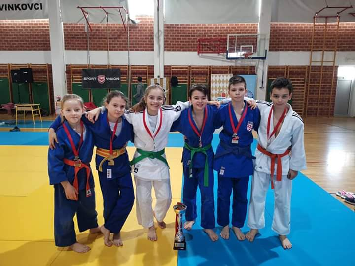 Školsko prvenstvo Hrvatske (14.02.2020.,Vinkovci)